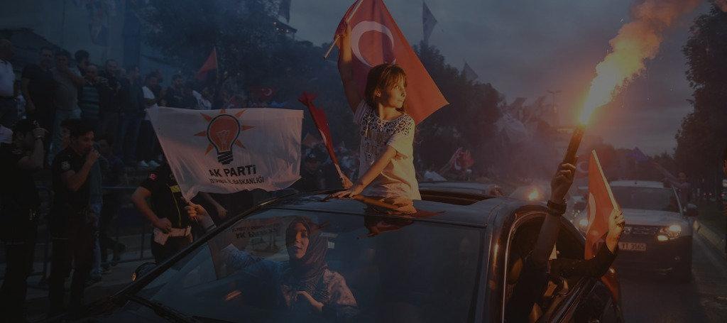 flags-from-car-1024x455_edited.jpg