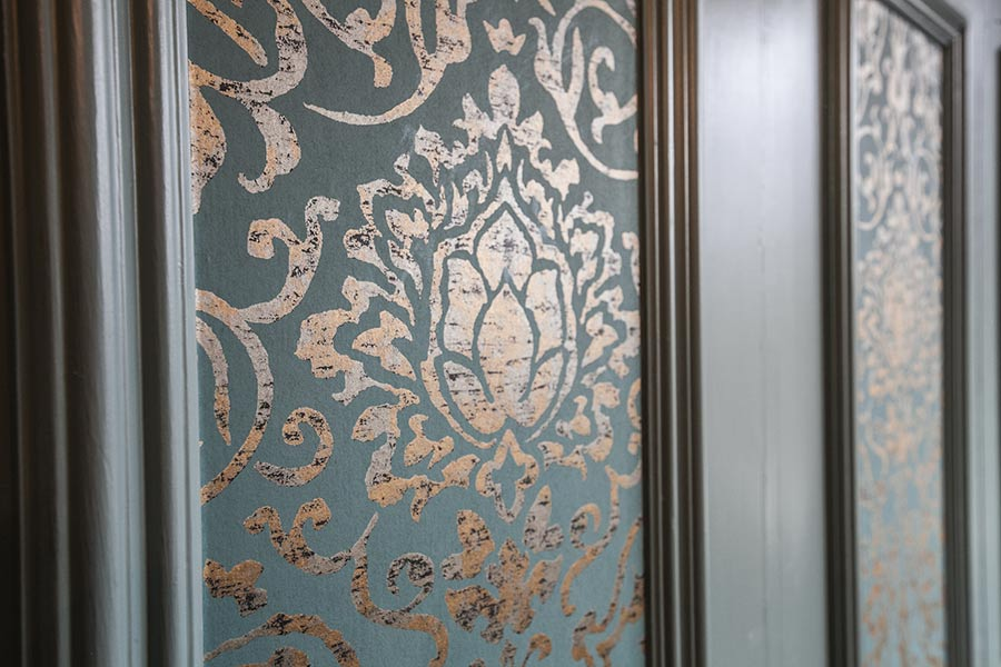 Wardrobe inlay detail