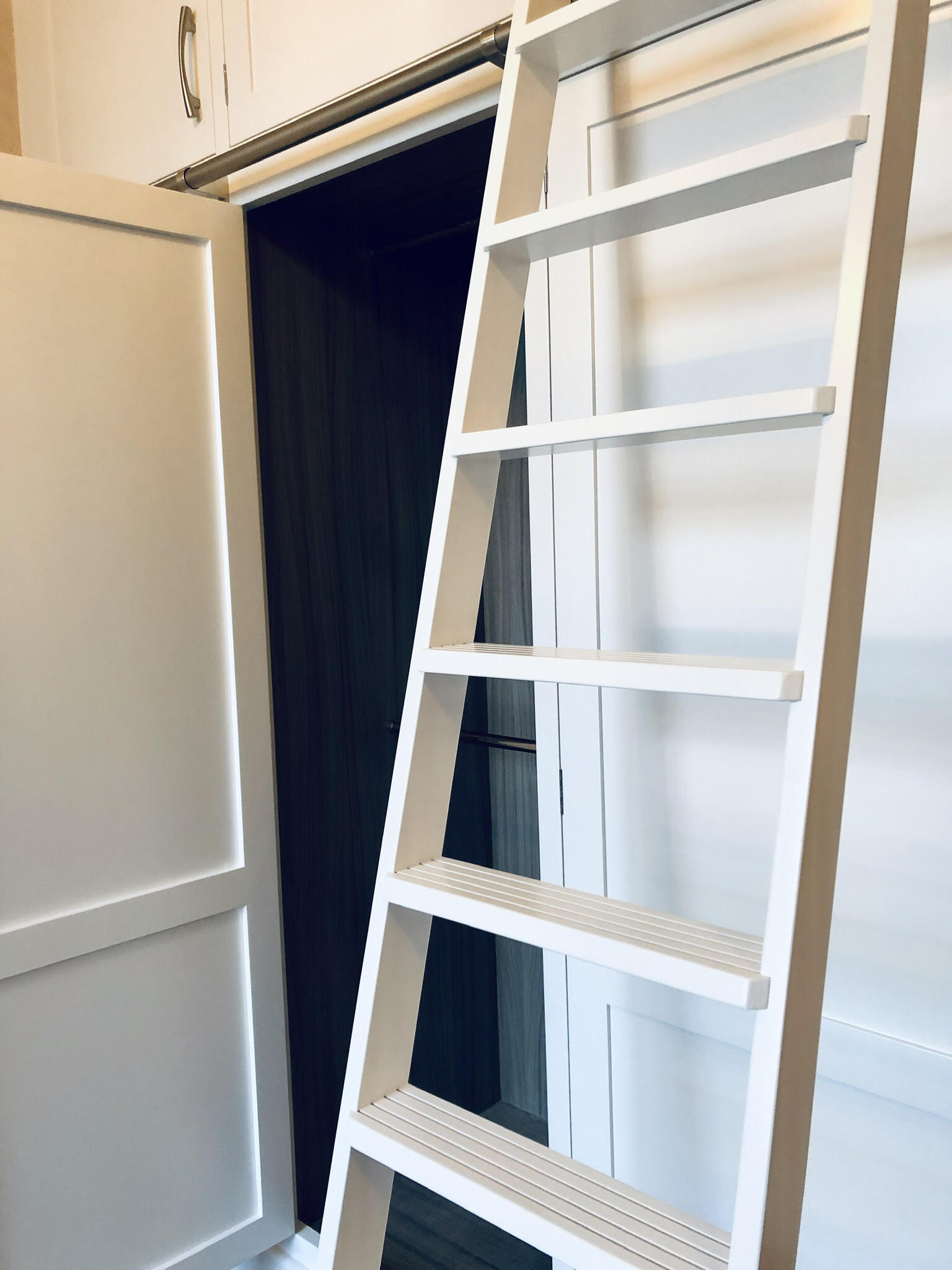 Ladders for top cupboards