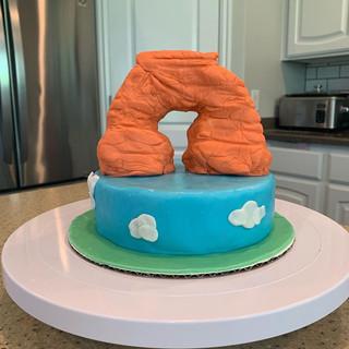 Utah's Delicate Arch Cake
