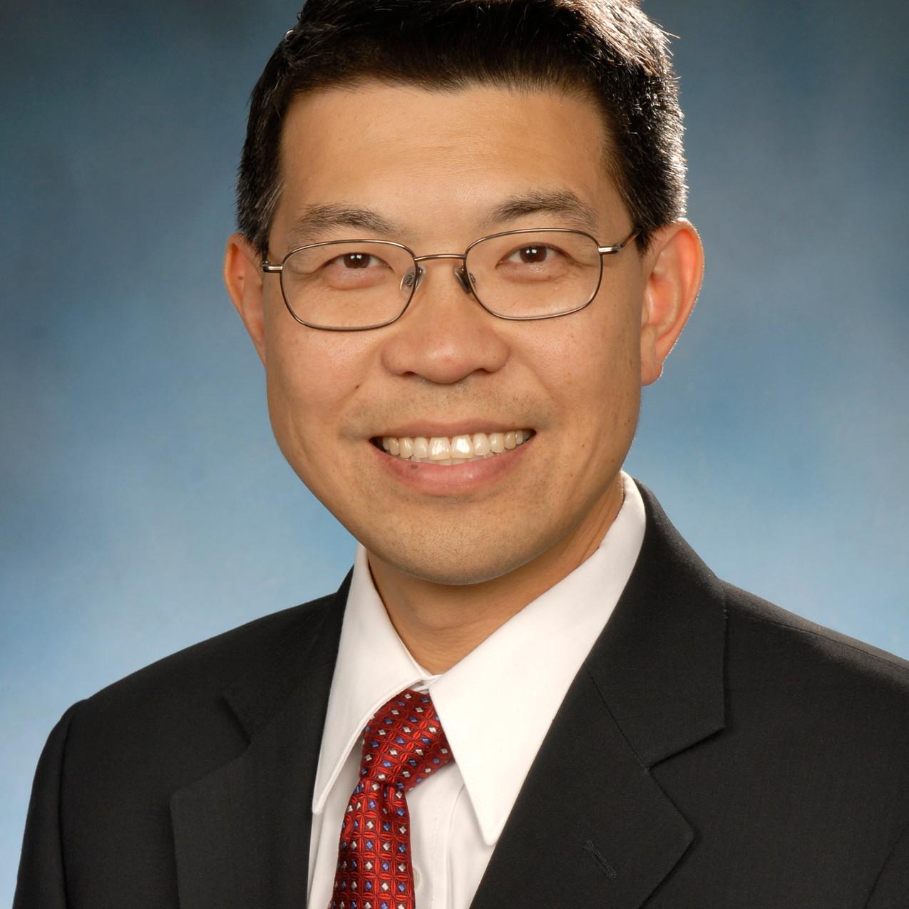 Dr. Bennie Jeng