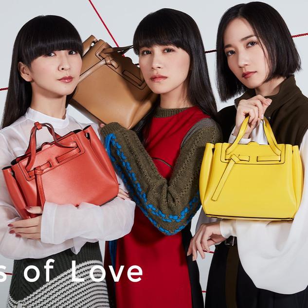 VOGUE.jp loewe_Perfume.jpg