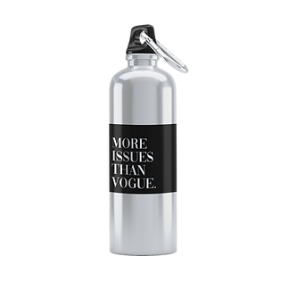 minimal-mockup-of-an-aluminum-bottle-against-a-solid-color-background-3070-el1 3.png