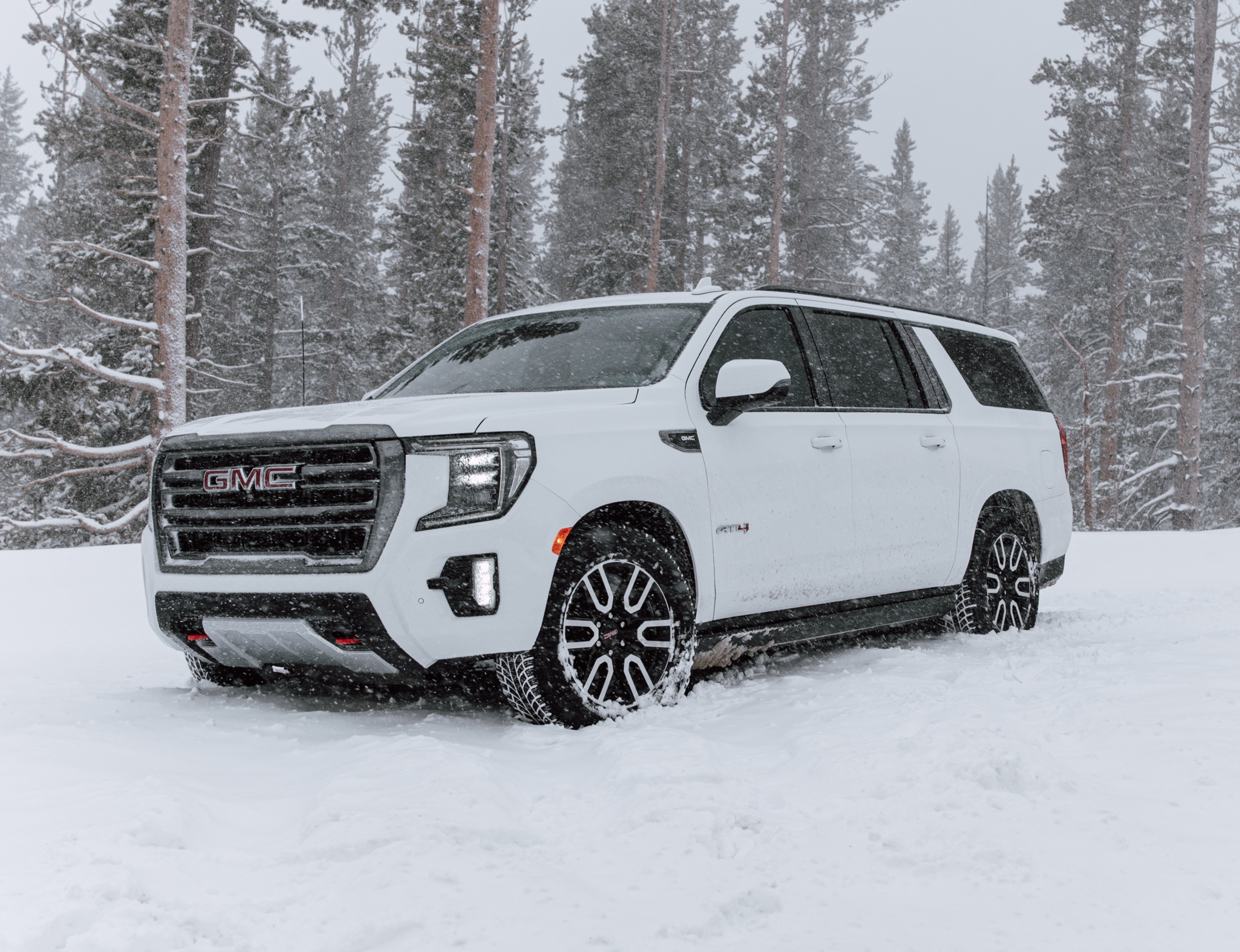 2021 GMC Yukon XL AT4 Edition 4x4
