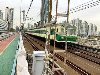 Top Must Visit Places & Activities To Do in Seoul - Bridge Walk across Han River | KoreaToDo