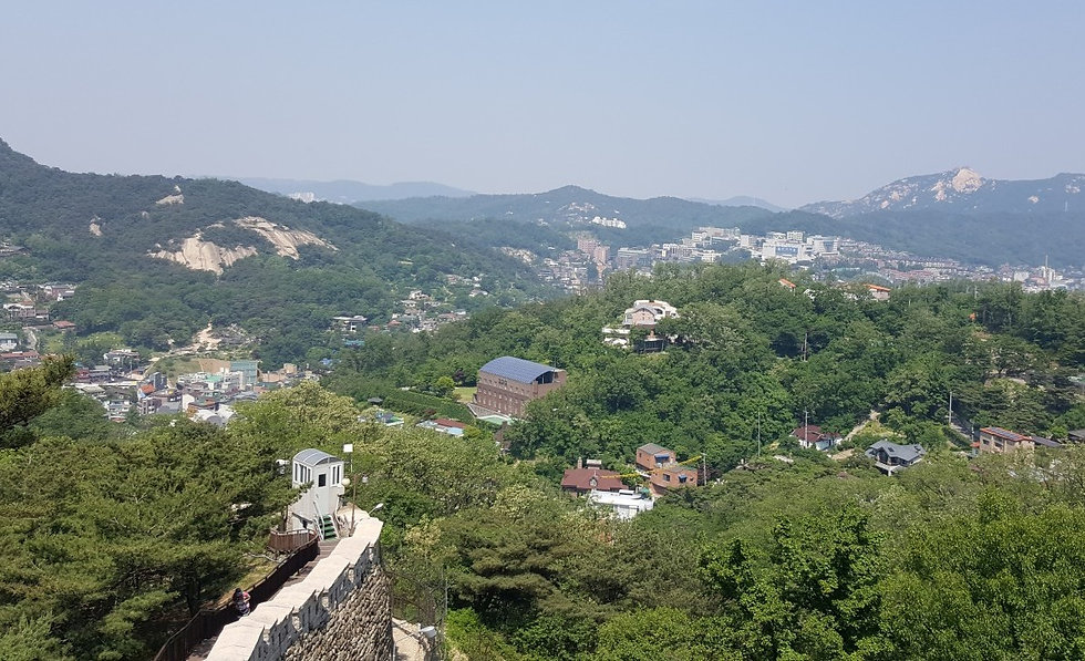 Seoul City Wall - View from the top | KoreaToDo