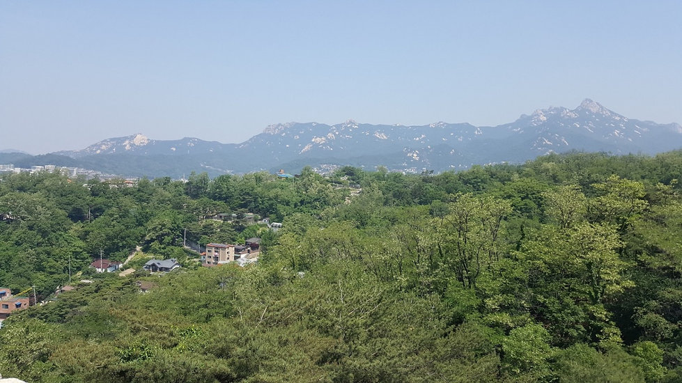 Seoul City Wall - View of Bukhansan Mountain | KoreaToDo