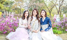Hanbok Photoshoot & Make-Up Experience by Flowery Hanbok