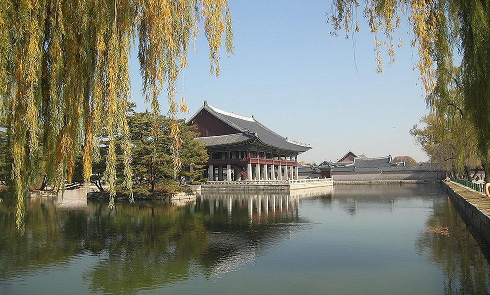 Gyeongbokgung Palace - Summer | KoreaToDo