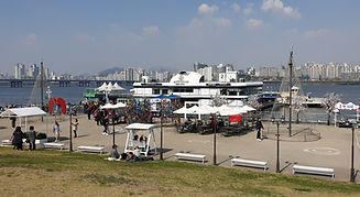 Top Must Visit Places & Activities To Do in Seoul - Han River (Hangang) Parks | KoreaToDo