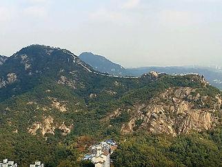 Inwangsan Mountain (338.2m)