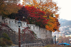 TOP Autumn Foliage Places in/outside Seoul - Seoul City Wall | KoreaToDo
