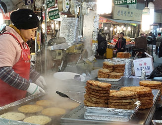 Top Must Visit Places & Activities To Do in Seoul - Korean Food Markets | KoreaToDo