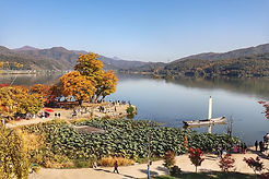 TOP Autumn Foliage Places in/outside Seoul - Yangpyeong Dumulmeori | KoreaToDo