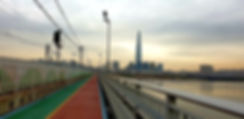 Jamsil Railway Bridge Walk.jpg