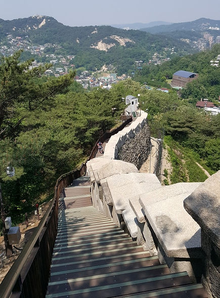 Seoul City Wall Hike - Baegak Mountain Trail, Bugaksan Mountain & Getting There | Seoul, South Korea