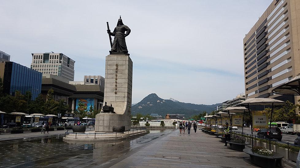 Gwanghwamun Square - Statue of Admiral Yi Sun-Shi | Seoul, South Korea