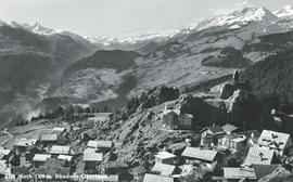 Historische Aufnahme von Siat mit Blick nach Disentis