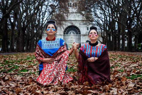 De las Manos, Sissy Reyes & Yunuen Perez 2013