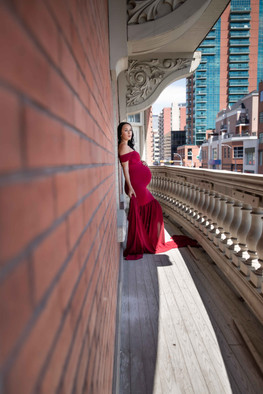 Maternity sessions in Calgary