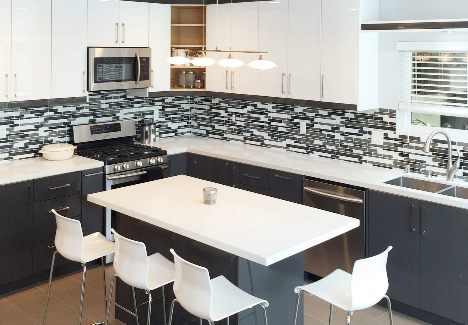CGH Kitchen38.png