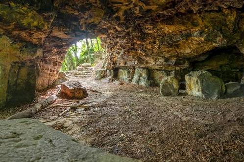 Mamerlayen,  visite de grottes