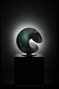 Glass Sculptures - BERANEK, ART- WAVE GREEN (44 cm - 17,32 Inch) ww.jpg