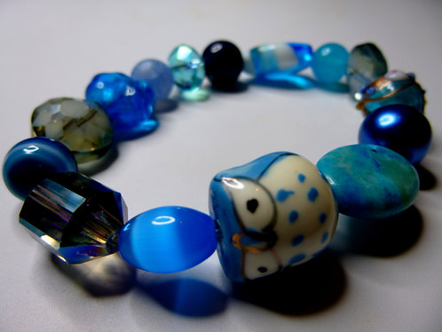 'Hootin' Blues' - Unique Handmade Beaded Bracelet