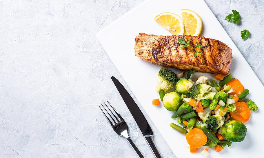 AtlanticSalmon-Grilled-VeggieMix-W.jpg