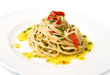Pasta Aioli with Red peppers and feta chees