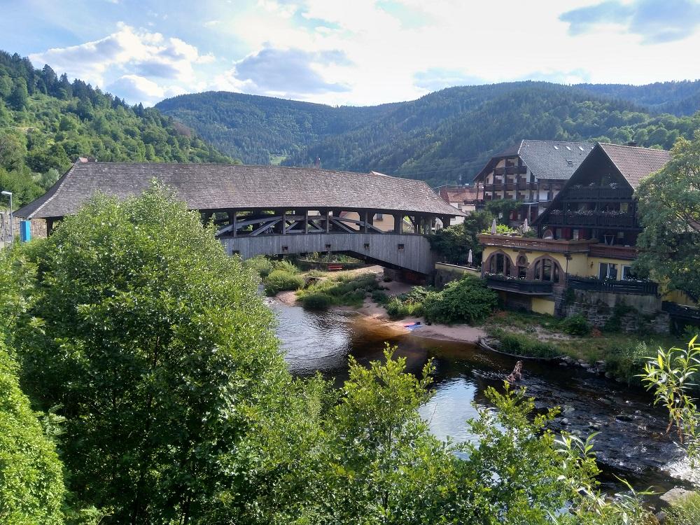 Most Holzbrücke ve Forbachu