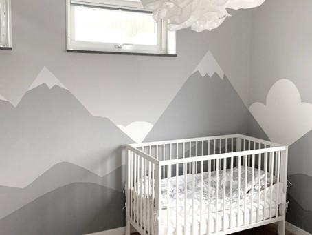 Väggmålning i barnrum.