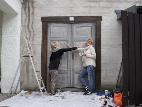 Väggmålning på Pinchos. Del 1 - Att måla en dörr.