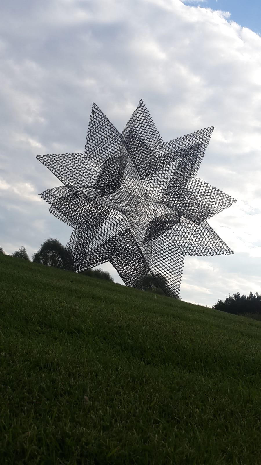 Gordon Froud, Large polyhedron, 2017