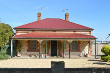 Heritage red colorbond re roof