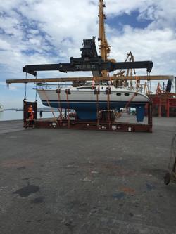 Botado en puerto Mdeo