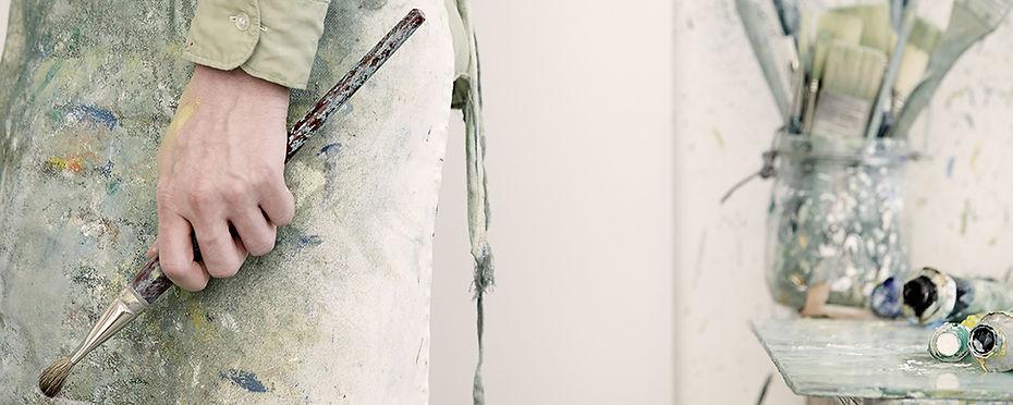 Artist female painter