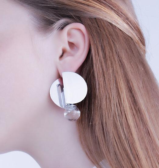 Unice - Ear