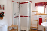 Red Room En Suite