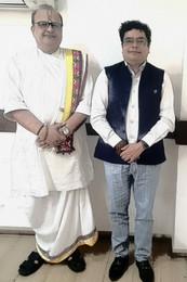 Mr. Shivanshu with Dr. Vagishkumar Goswami