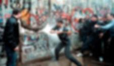 Caída-del-Muro-de-Berlín-1989.jpg