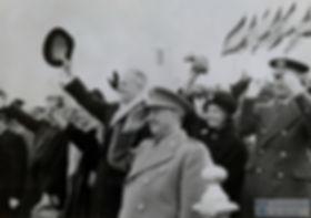 eisenhower-franco21121959.jpg
