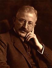Hermann Staudinger - Wkimedia.jpg