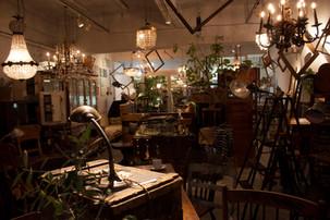 【13th.SHOP紹介】41. Furniture Bank inc./アンティーク家具/広島