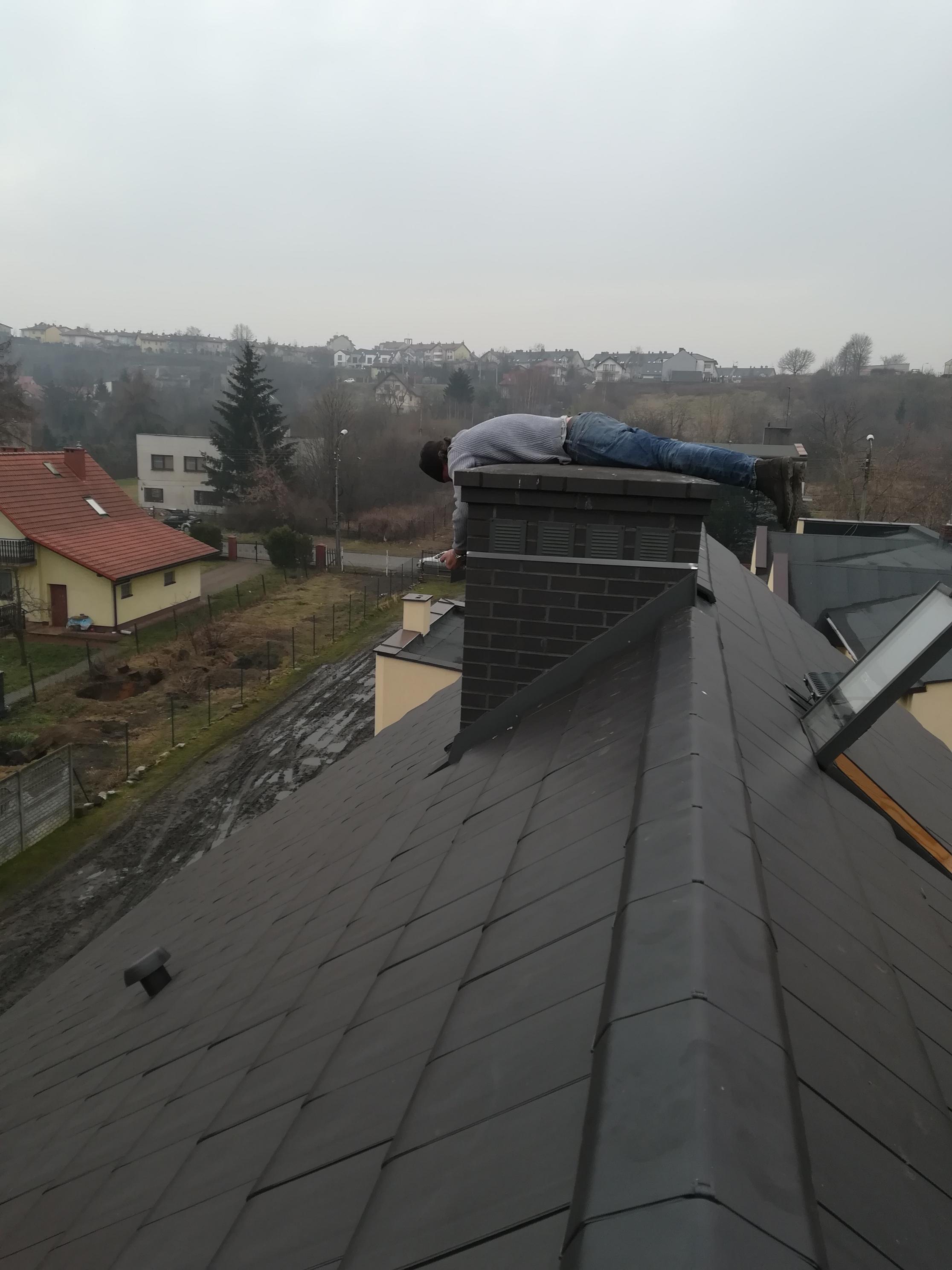 montaż anteny na opaskach