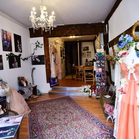 Die Pforten zu Robellas Atelier