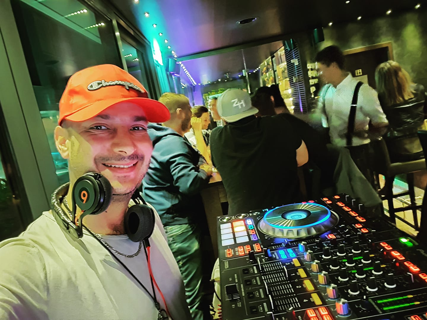 DJ AFRIT - RayKen Events DJ Schweiz Suisse Switzerland