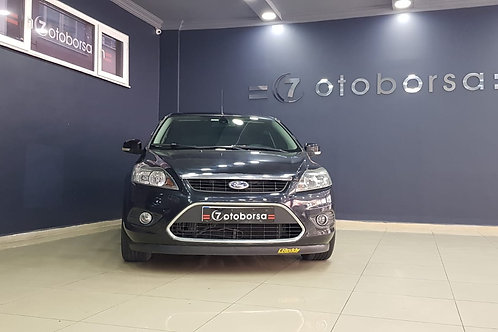 FORD FOCUS 1.6 TITANIUM POWER SHIFT 2011 MODEL SİYAH OTOMATİK