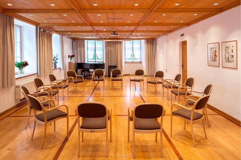 Wundervolle atmosphärische Seminarräume für die Ausbildung zum Meditations- & Achtsamkeitstrainer