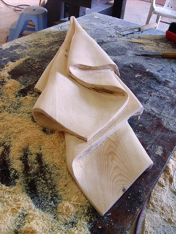 הכנת מגבת מעץ